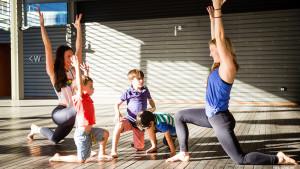 lc-kid-yoga-2